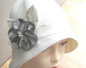 Cloche SEWING HAT PATTERN-medium - Roaring 20s flapper Cloche hat sewing pattern