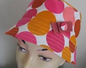 Pink Spot Hat pattern medium size