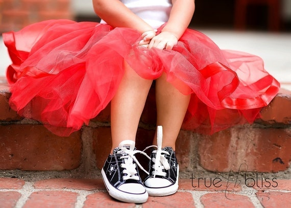 Baby Girls Tutu Twirl Skirt Halloween Costume / Toddler / Brithday Photo Prop Pink RED Yellow Purple Black White Silver/ Princess Dress Up