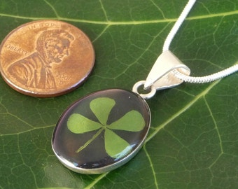Sterling Silver Pressed Four Leaf Clover Oval black  Pendant