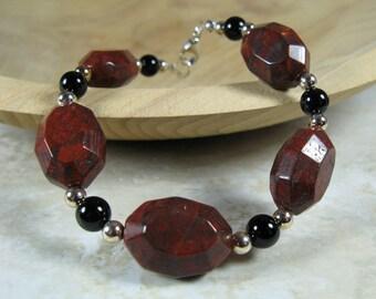 Faceted jasper, black onyx and sterling beaded bracelet