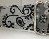 Elegant Swirls and Paisley Martingale Collar