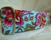 Pink Flowers Exotic Martingale Collar