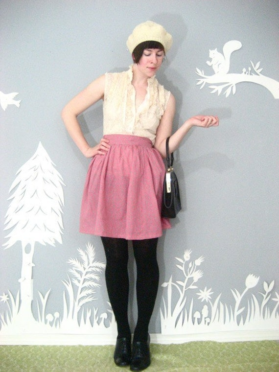 vintage sweet 1970s CALICO griffon button FULL mini skirt