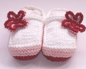 Knitting pattern baby shoes - 3 styles - one  pattern - 4 sizes