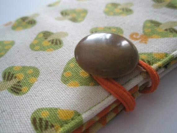 Magic Mushrooms Tea Wallet