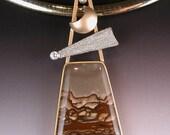 Deschutes Jasper Pendant in 18 karat Gold with diamonts and Platinum DESERT COMET