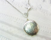 Silver Locket Necklace - SILVER STARS Locket - Jewelry by BirdzNbeez -  Wedding Birthday Bridesmaids Gift