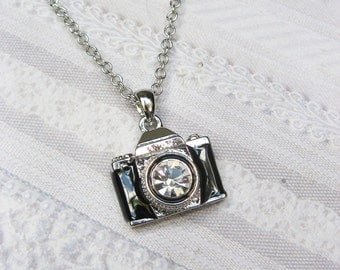 Camera Necklace - THE PHOTOGRAPHER  - Jewelry by BirdzNbeez - Wedding Birthday Bridesmaids Photographer Gift