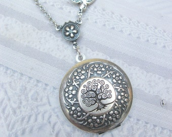 Silver Tree Locket - TREE OF LIFE Locket -  Silver Wreath - Necklace by BirdzNbeez - Wedding Birthday Bridesmaids Gift
