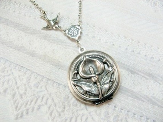 Silver Locket Necklace - Silver Calla Lily Flower - Jewelry by BirdzNbeez  BIG ANNIVERSARY SALE
