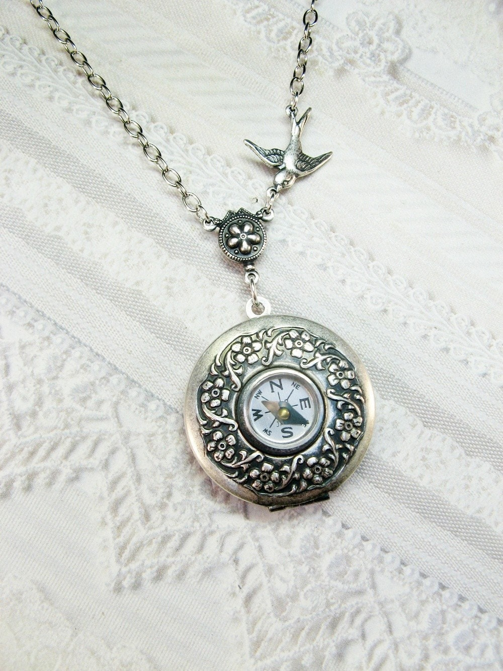 the original silver compass locket necklace compass locket. Black Bedroom Furniture Sets. Home Design Ideas