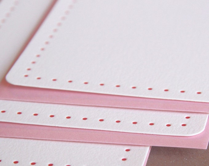 Letterpress Stationery : Scarlet Red Modern Dot Notes  - box of 5 medium flat cards with blossom pink color envelopes