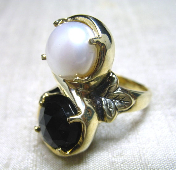 SALE-Marchesa Ring- Onyx and Pearl in Brass