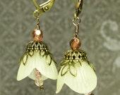 Buttercup Filigree earrings