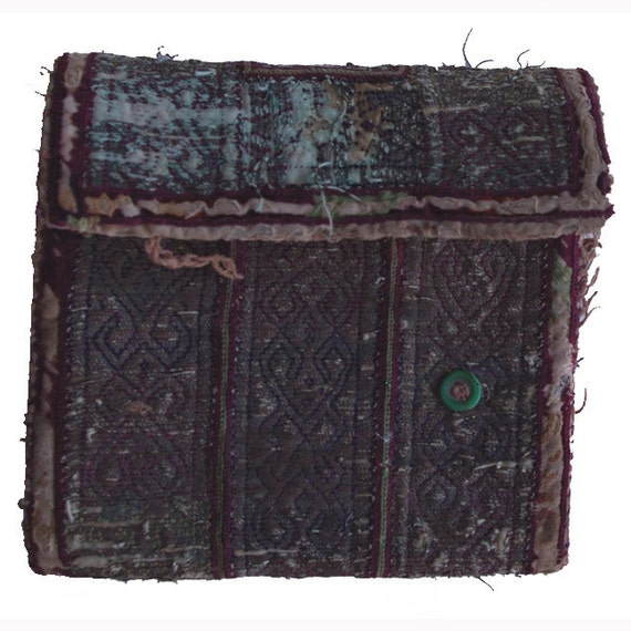 Afghanistan: Vintage Embroidered Pashtun Wallet or Pouch, Item 106