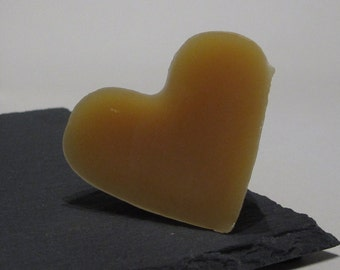 Heart-shaped Beeswax Thread Conditioner