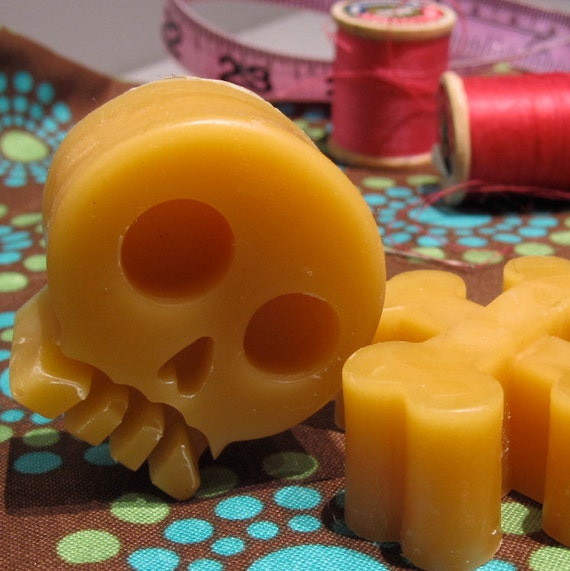 Skull and Crossbones Beeswax Thread Conditioner