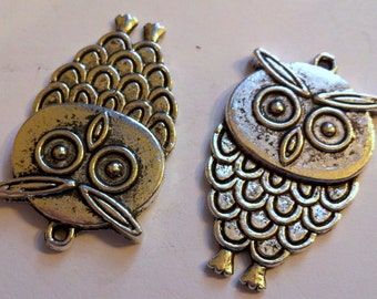 2 silver tone metal owl pendant charms
