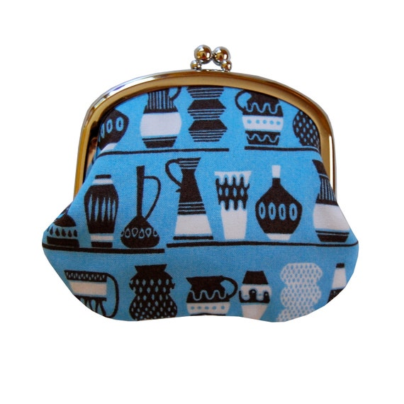 Coin purse with vases on aqua