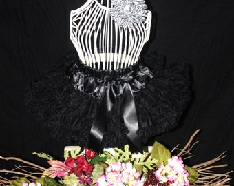 Close out  .... sz 31 to 3y  Beautiful Fluffy solid Black Petti skirt  ready to ship