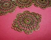 12pc antique bronze metal filigree center piece/wraps-958