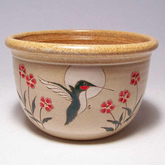 Humminbird and Flowers1 quart Pottery Serving Bowl Limited Series 82 (microwave safe)