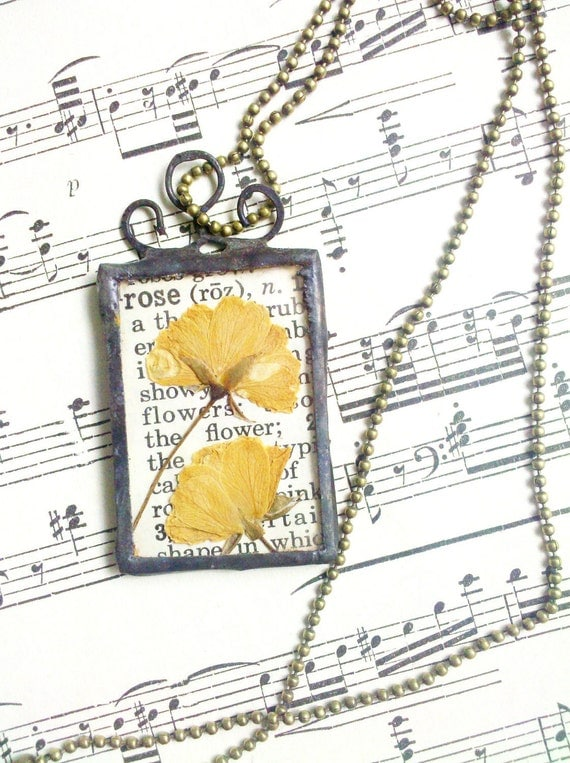 Pressed Yellow Roses Botanical Vintage Style Soldered Glass Necklace