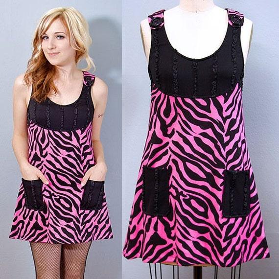 CLEARANCE - Shrinkle Zebra Pocket Dress - MEDIUM