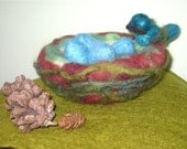 Needle Felted Mama Bird with her nest of eggs