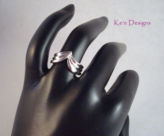 Sterling silver pleated band ring size 7