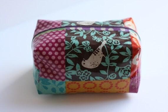 Echino Oilcloth box bag