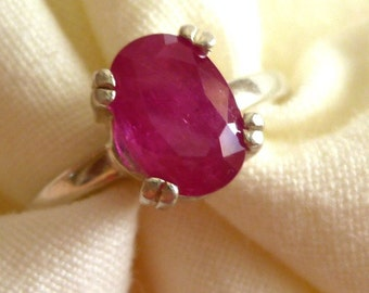 6MM X 8MM oval cut 1.10 ct Madagascar ruby sterling silver ring size 6