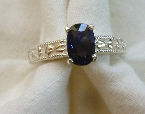8mm x 5mm oval cut 1 ct blue sapphire sterling silver ring size 7