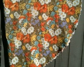 """70"""" Round Vintage Tablecloth with scalloped edges"""