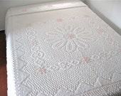 Vintage Chenille Bedspread - White and Pink - Full