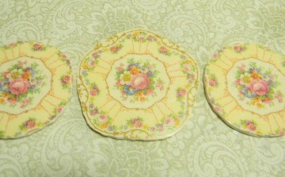China Mosaic Tiles SHaBBY GoRGeOUS TRiO Broken plates repurposed