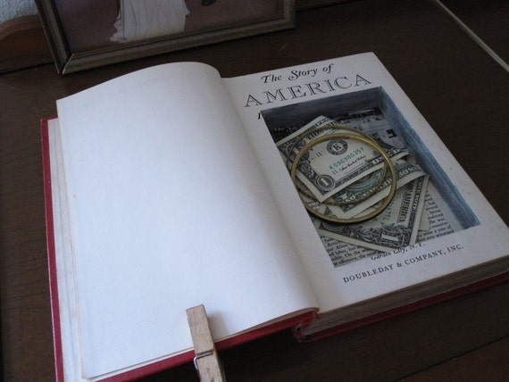 hollow book safe ''the story of america in pictures''