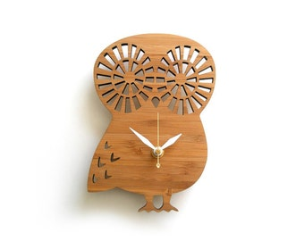Modern Owl Clock Small