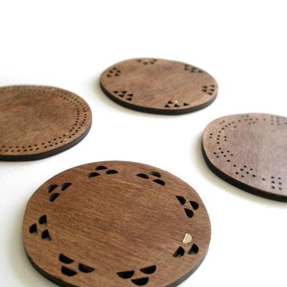 Coasters - Maple veneer - dark stained