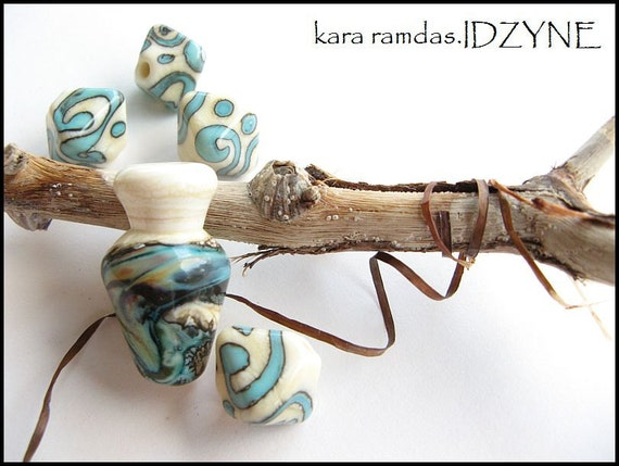 Reactive Turquoise and Ivory Treasures Lampwork Bead Set