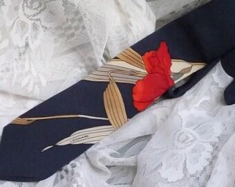 Irresistible Leonard Vintage Necktie.