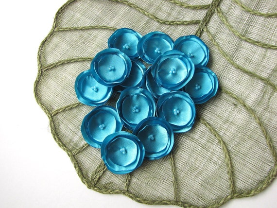 Craft flowers, fabric flower appliques, singed satin flowers, floral embellishments, tiny pool blue flowers (15pcs)- TURQUOISE BLUE BLOSSOMS