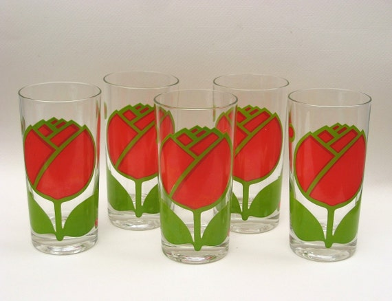 RESERVED - Colony Drinking Glasses - Mod Red Roses - 1970s Vintage