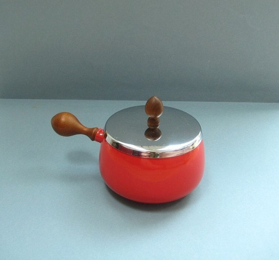 Danish Modern Enamel Pot - Bright Red with Wooden Handles