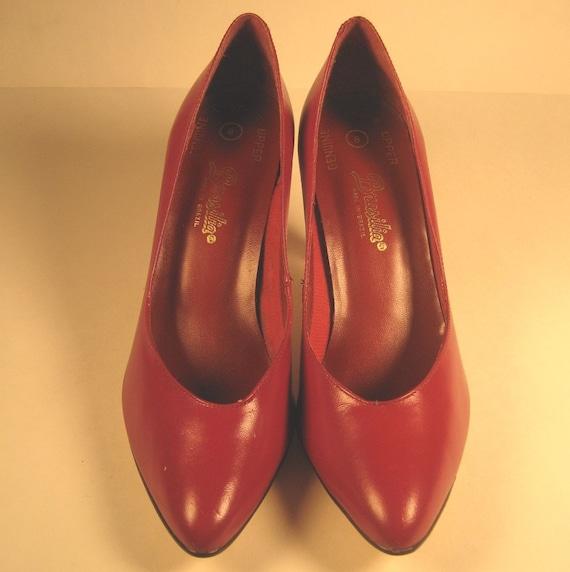 Shoes Like Pottery Reviews