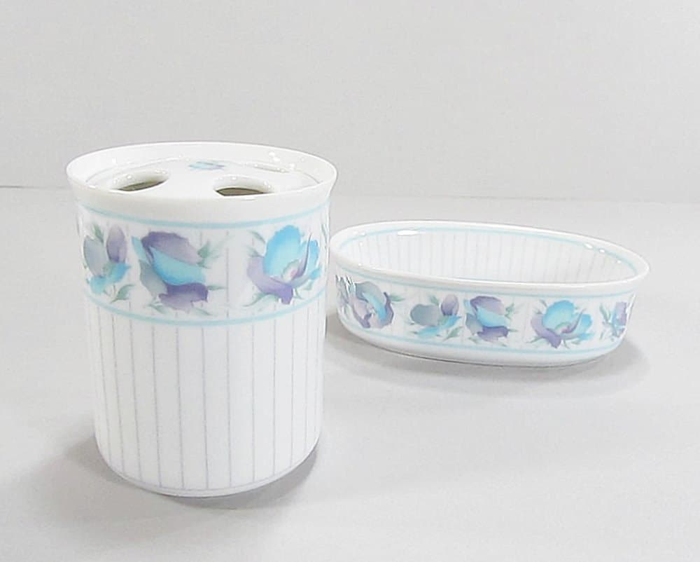 Vintage bathroom set soap dish toothbrush holder set - Bathroom soap dish sets ...