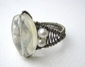 Jewelry Tutorial - Wire Woven Ring with Bead Focal - Step by Step Instructions