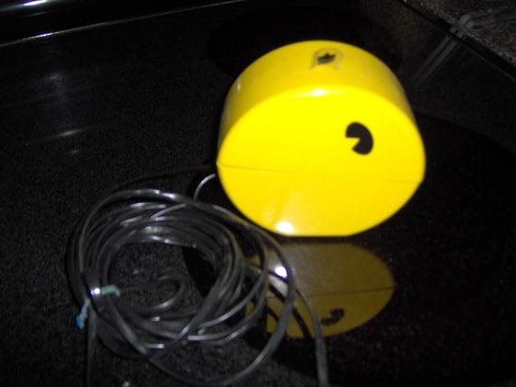 Vintage Pac man phone, yes I said PAC MAN phone- RARE, Yellow, and hungry.  Chomp Chomp Chomp