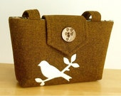 The Harris Tweed Wayfarer Purse with a Bird on a Branch Applique